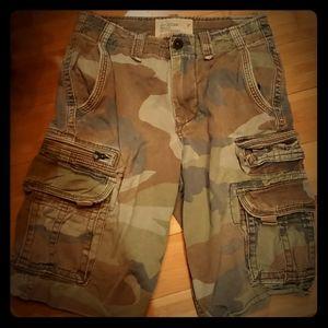 American Eagle sz 26 camo cargo shorts